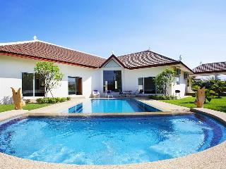 Villa Aromdee A - Jomtien Beach vacation rentals