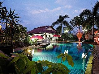 Lake View Villa - Na Chom Thian vacation rentals