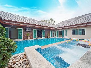 Baan Piam Sanook - Jomtien Beach vacation rentals