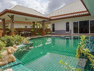 Thammachat P3 Victoria Villa - 3 Beds - Na Chom Thian vacation rentals