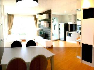 Elegant 2 bedroom in Condo with pool, gym.wifi - Kathu vacation rentals