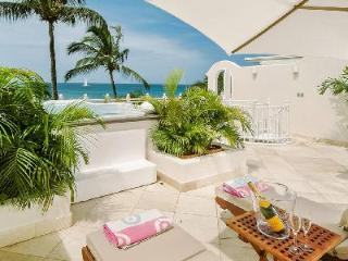 Reeds House no13 - Beachfront penthouse on Reed's Bay with sea views and private roof deck - Saint James vacation rentals