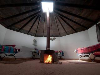 Shash Dine' EcoRetreat - Page vacation rentals