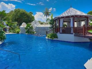 Exceptional Beachfront Villa Claridges 6 with Pool, Hot Tub, Terrace &  Garden - Saint Peter vacation rentals