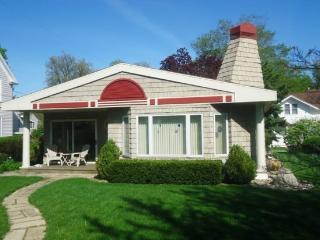 316 North Shore Drive - South Haven vacation rentals