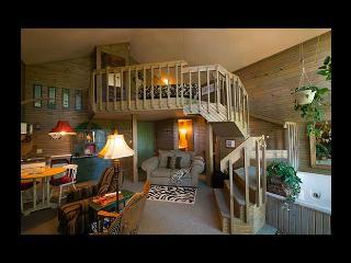 Bonnybrooke Farm - Summer Shade Cottage - Eureka Springs vacation rentals