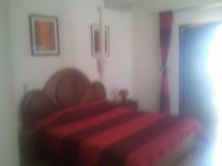 residence saintjames - Somone vacation rentals