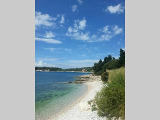 Beach Apartment - NEW - Pula vacation rentals