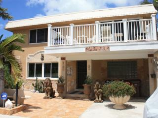Casa Mia Beach House LUXURY White Glove Lodging - Deerfield Beach vacation rentals
