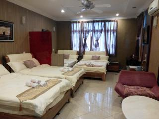 Family Suite - Ella Holiday Inn - Ipoh vacation rentals
