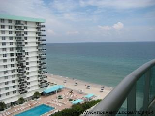 The TIDES, Ocean view balcony, Affordable luxury - Hollywood vacation rentals