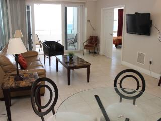 Ocean Front With Balcony Completely Renovated - Fort Lauderdale vacation rentals