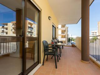Apartment Dois Irmãos - Cosy and Modern - FREE WIFI - Lagos vacation rentals