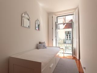 Family-friendly: historic centre w balcony,a/c,2BD - Lisbon vacation rentals