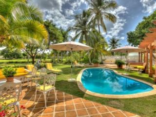 Fantastic 6 Bedroom Villa in Casa de Campo - Altos Dechavon vacation rentals