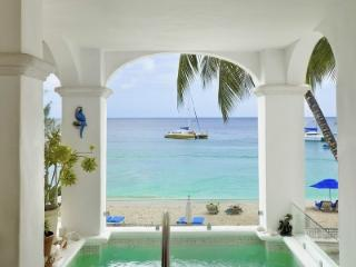 Radiant 3 Bedroom Villa in Paynes Bay - Paynes Bay vacation rentals
