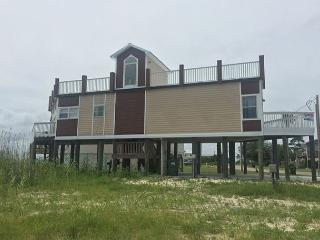 Bay front House with rooftop deck! Call for last minute specials! - Gulf Shores vacation rentals
