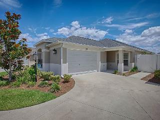 Incredible location - Haciendas of Mission Hills! 2 mins to Sumter Landing - The Villages vacation rentals
