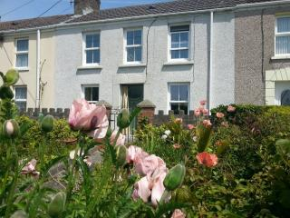 Burry Port Holiday Cottage - Burry Port vacation rentals