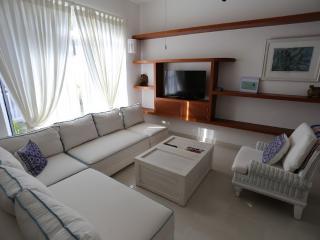 Adorable Casa Colibri Puerto Morelos 3 mins beach - Puerto Morelos vacation rentals