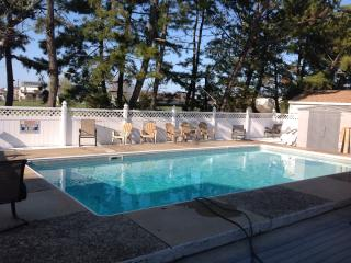 BRIGANTINE VILLA  private pool, adj golf course - Brigantine vacation rentals