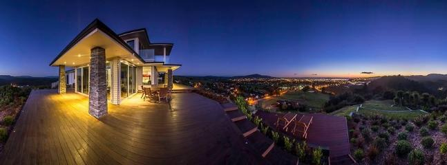 Sunrise - Tihi Retreat - Luxury Accommodation - Rotorua - Rotorua - rentals