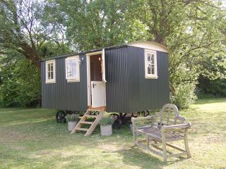 Huntingfield Shepherds Hut - Eastling vacation rentals