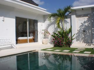 villa angela, LAST MINUTE OFFER FOR JUNE!!! - Seminyak vacation rentals