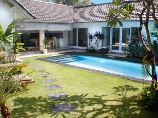 Villa Pagu, LAST MINUTE OFFER!!! - Kerobokan vacation rentals