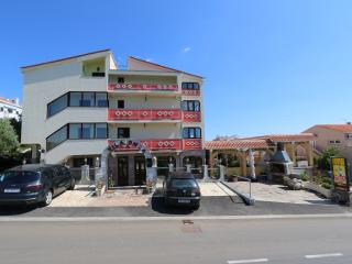 Ruby 4 for 5 in Novalja with AC - Novalja vacation rentals
