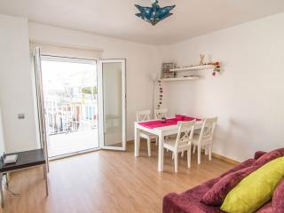 PURPLE ATTIC penthouse with terrace, AC and WiFi - Sitges vacation rentals