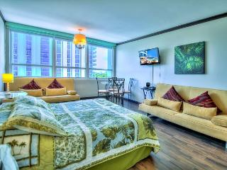 Comfortable Studio for 4, BAY VIEW - Miami Beach vacation rentals