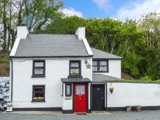 GLAS GAIBHLINN, detached, open fire, close to award-winning beaches in Gortahork, Ref 924979 - Falcarragh vacation rentals