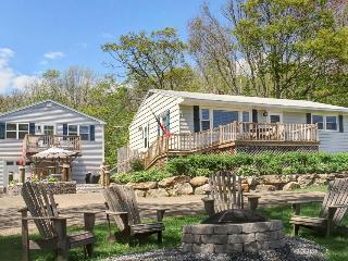 Stunning water views from two family-friendly cottages! - Boothbay Harbor vacation rentals