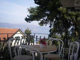 5187 A4(3+2) - Slatine - Slatine vacation rentals
