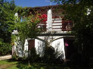 5284 A1(2+2) - Njivice - Njivice vacation rentals