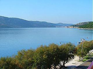 0607SEGV A1(2+1) - Seget Vranjica - Seget Vranjica vacation rentals