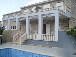 00201POVL A2(4) - Povlja - Povlja vacation rentals