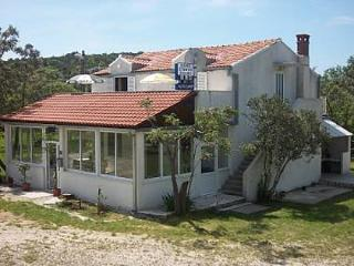 35629  R4(2) - Banici - Slano vacation rentals