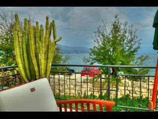 2257  H(8+1) - Postira - Postira vacation rentals