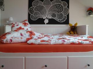 Vacation Apartment in Nuremberg - 7946543 sqft, central, comfortable, bright (# 8454) - Nuremberg vacation rentals