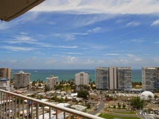 Ocean View apartment on 19th floor, near beach - Isla Verde vacation rentals