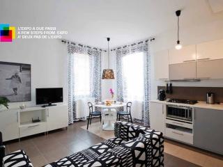 Expo-Rho-Fiera CimarhosaHouse  Black & White - Rho vacation rentals