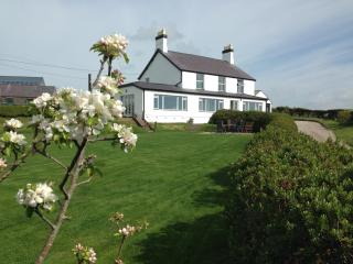 Afallon, a spacious house with panoramic views - Aberdaron vacation rentals