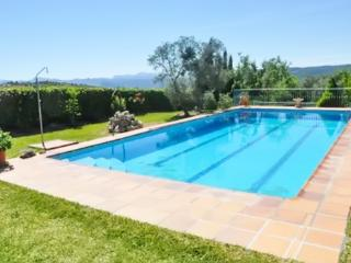 Adorable Andalusian apartment in a private villa w/ large pool, mountain views & private garden - Arriate vacation rentals