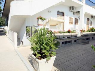 casa in residence - Mattinata vacation rentals