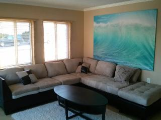 (MS4) BIG Property by Beach w/Patio - Mission Beach vacation rentals