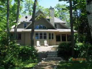 Come On Inn(Waterfront Vacation Home)Egg Harbor WI - Door County vacation rentals