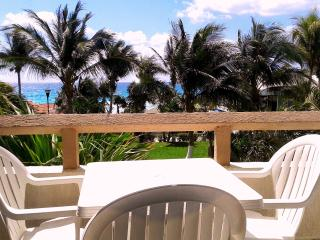 BEATIFUL STUDIO ON THE BEACH 4 PEOPLE  79 USD - Cancun vacation rentals