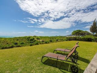 Voyager Beachfront Retreat - clean, great location - Kailua vacation rentals